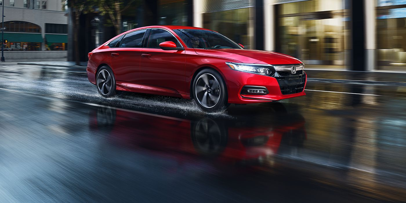 2018 toyota camry vs 2018 honda accord comparison review by atlantic toyota west islip ny. Black Bedroom Furniture Sets. Home Design Ideas
