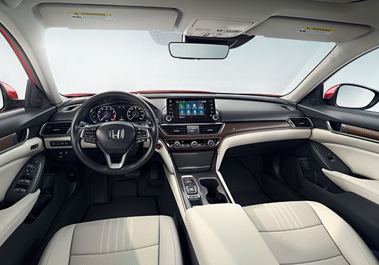 Front Wide View Of 2019 Honda Accord Touring 2 0t Interior