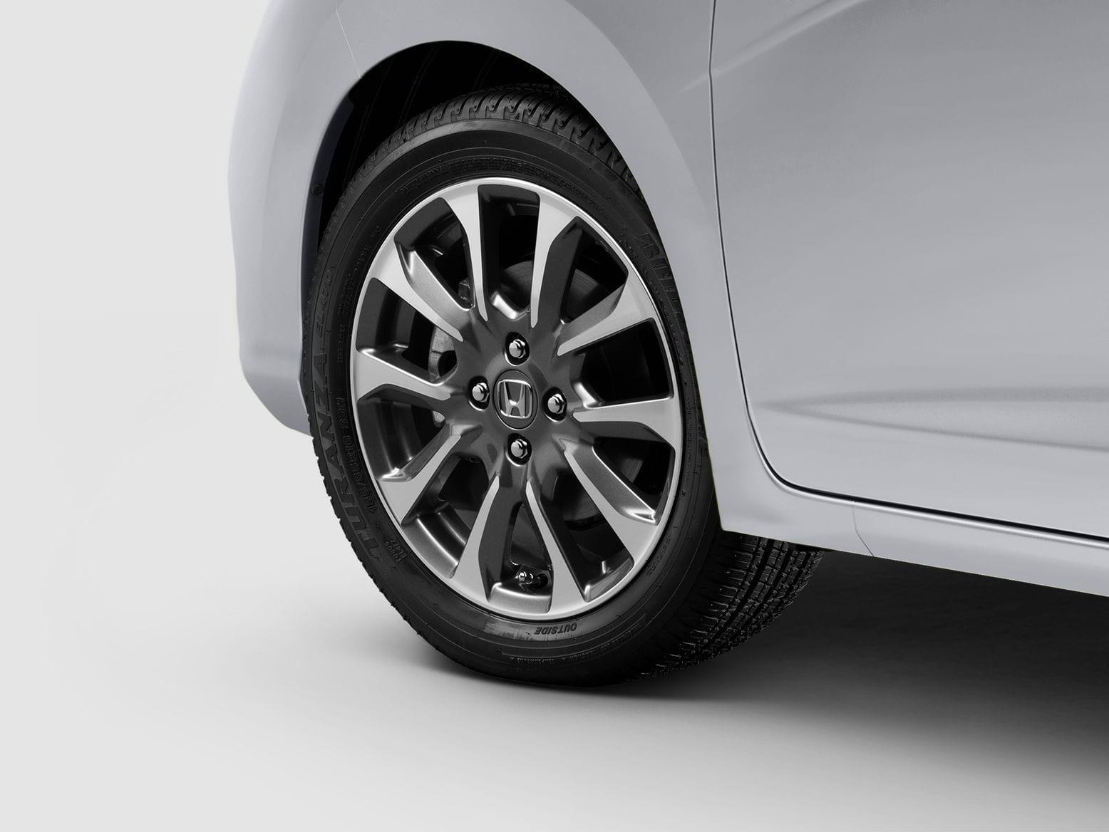 Honda Online Store 2018 Fit 16 Inch Diamond Cut Silver Alloy Wheel