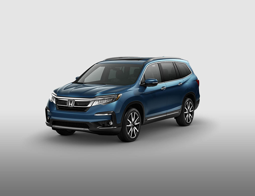 Shop the all new 2019 honda pilot midsize family suv for Honda pilot images