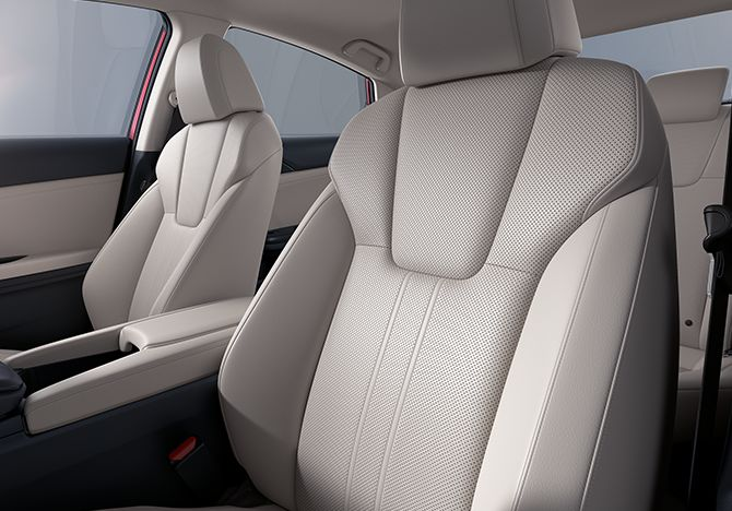 Ivory leather interior in the 2019 Insight.