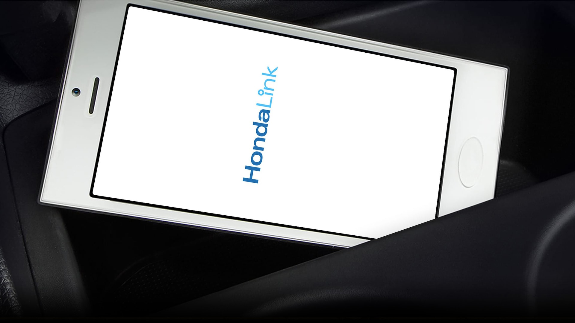 HondaLink® welcome screen detail on smartphone.