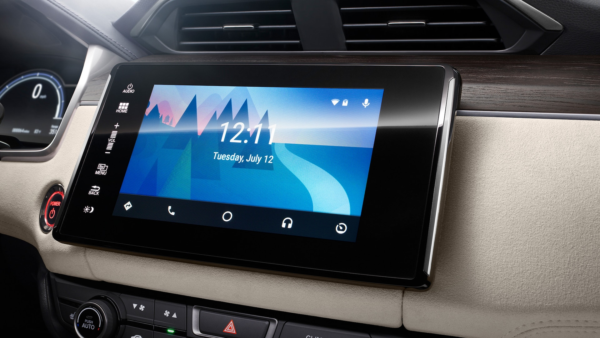 Android Auto™ integration on Display Audio touch-screen in the 2020 Clarity Plug-In Hybrid.