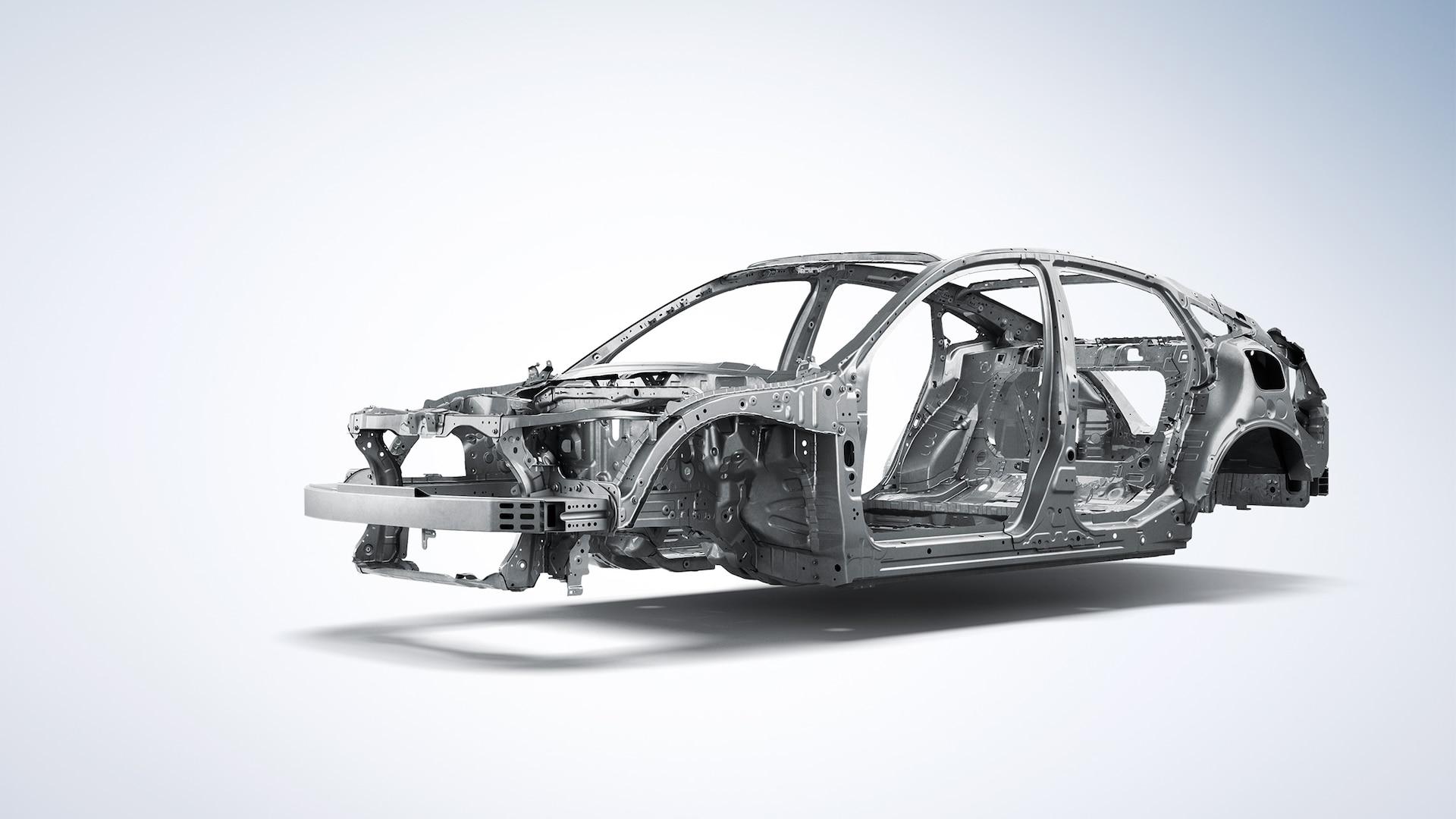 Vista frontal de 3/4 del lado del conductor del detalle de la estructura de la carrocería ACE™ en el Honda Insight2020.