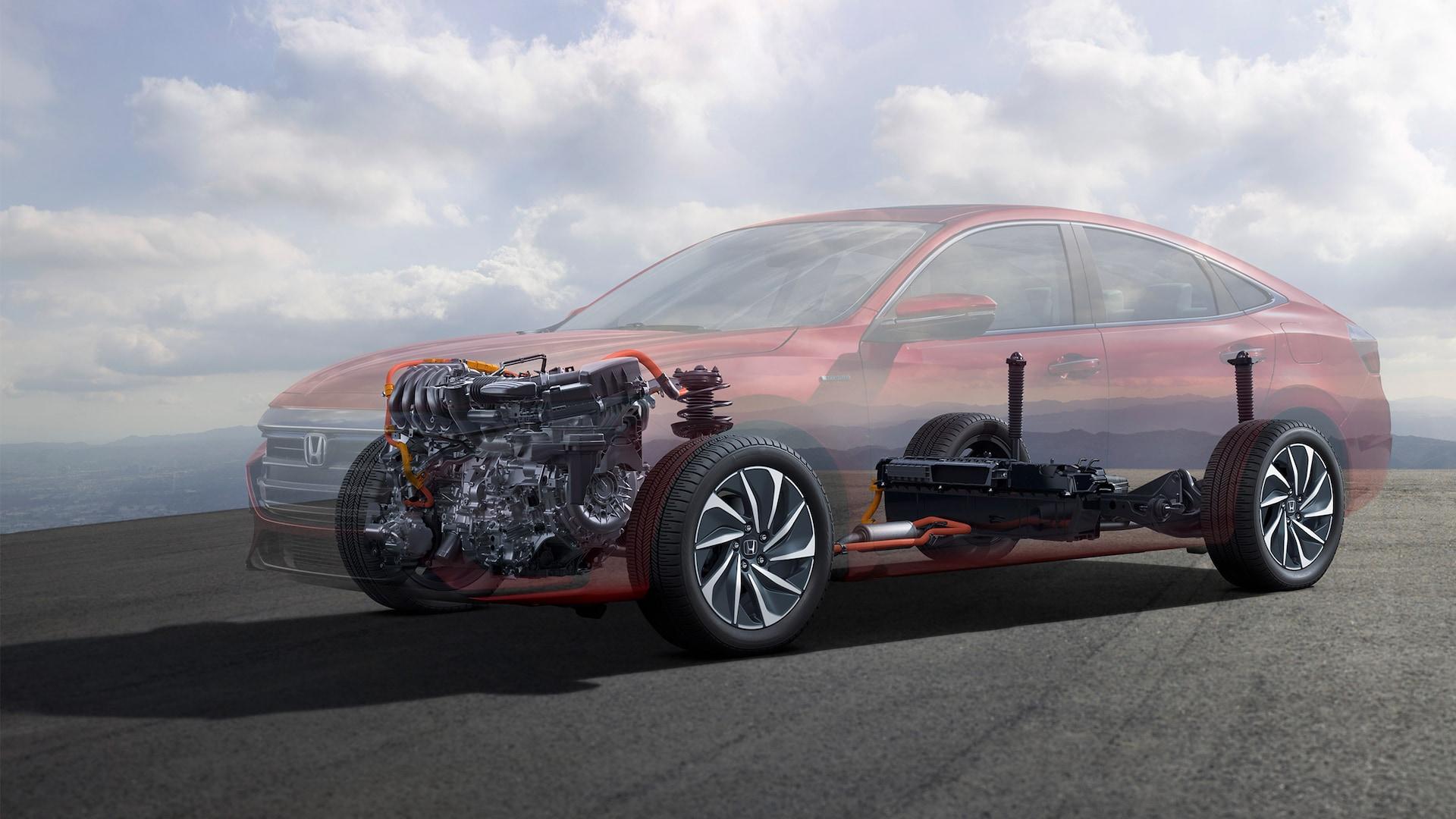 Vista frontal de 3/4 desde el lado del conductor del detalle del chasis, motor y tren impulsor del Honda Insight Touring2020.