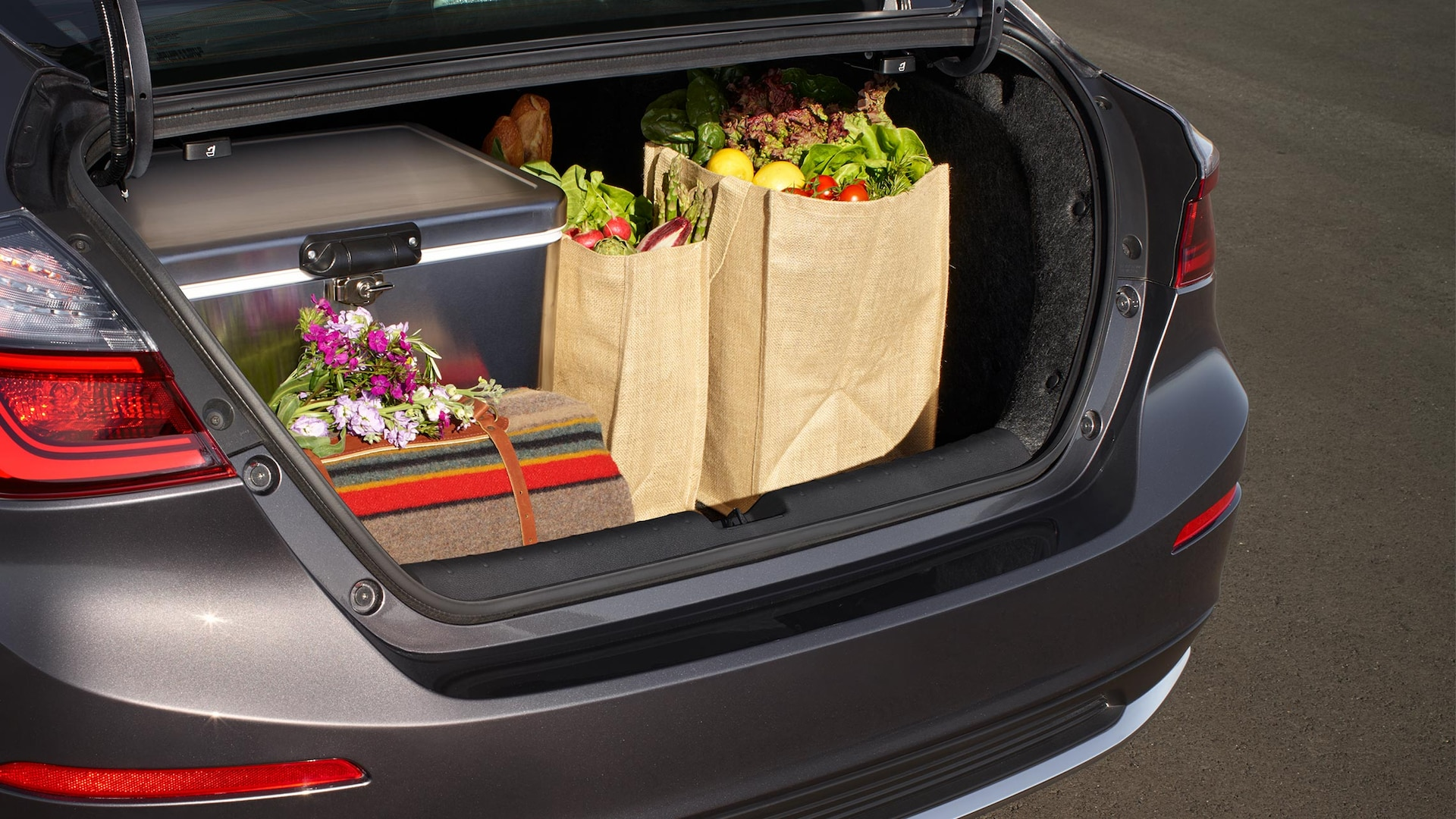 Trunk/storage space detail on 2020 Honda Insight in Modern Steel Metallic.