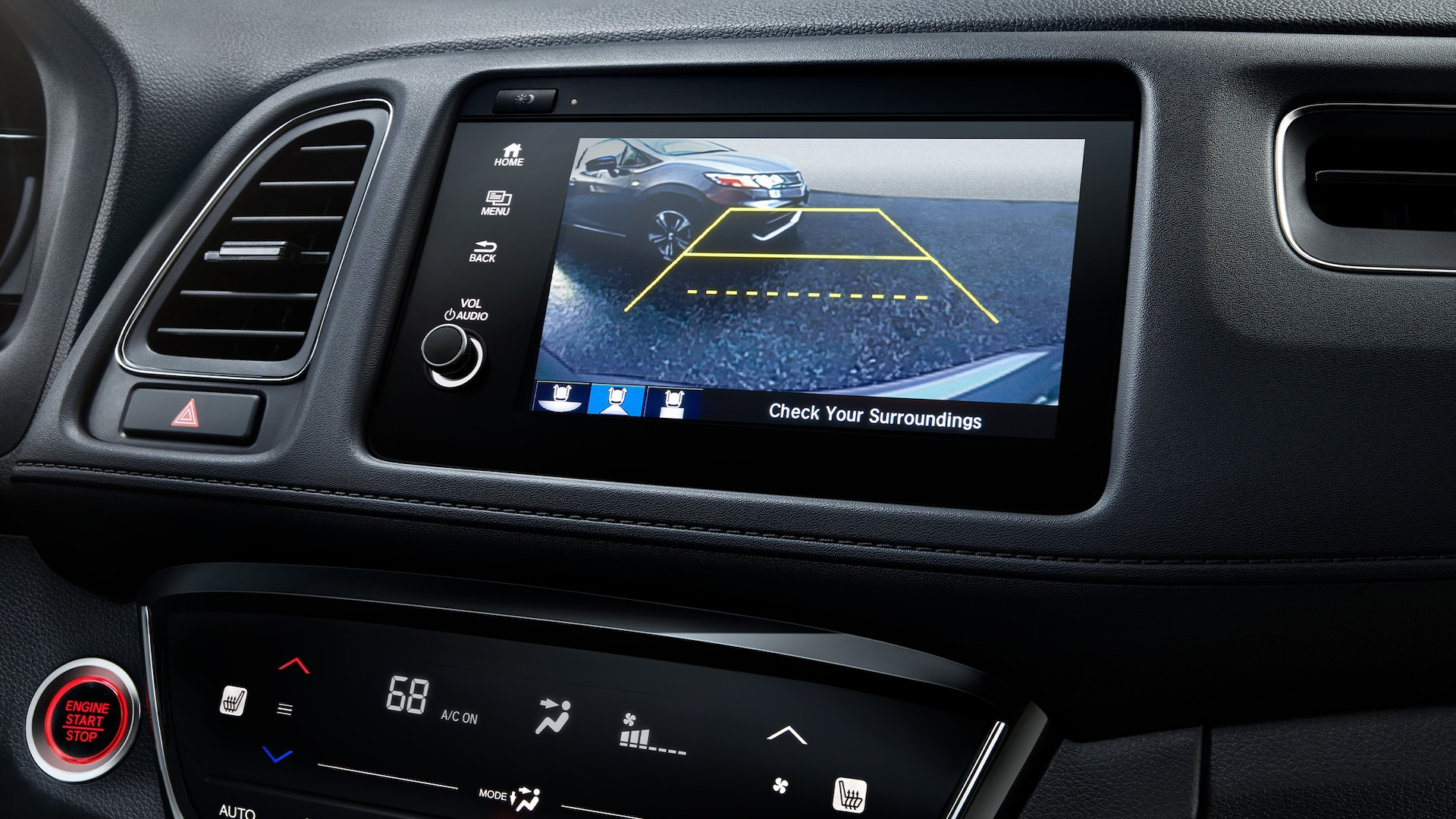 Multi-angle rearview camera detail on Display Audio touch-screen in the 2021 Honda HR-V EX-L.