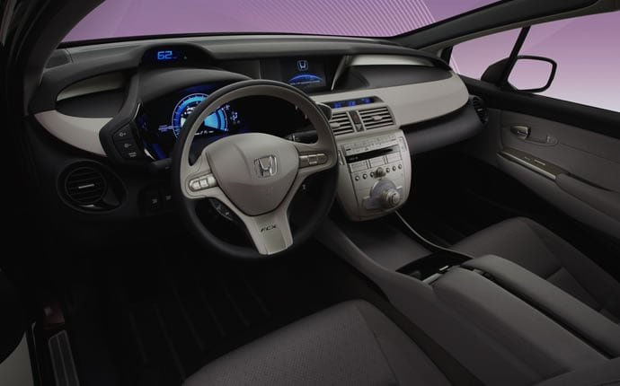 Honda FCX Clarity interior