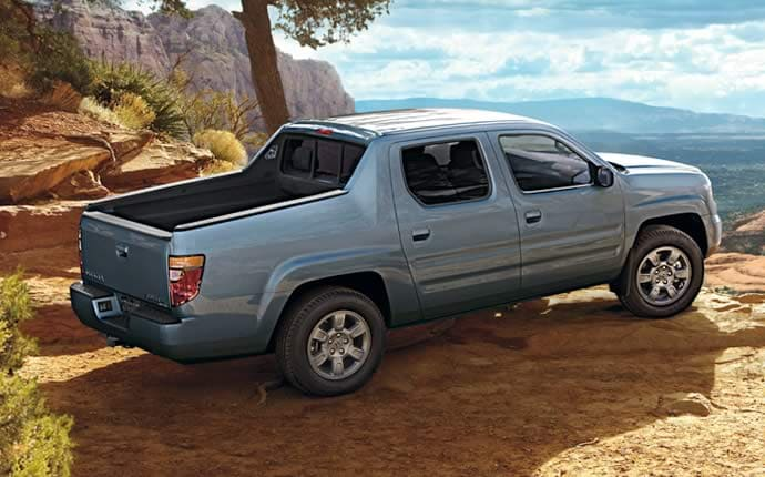 Exterior Photo of 2008 Honda Ridgeline