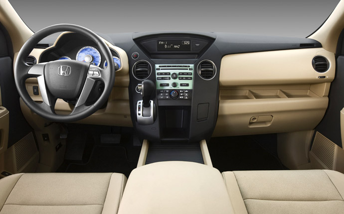 Honda pilot 2010 interior