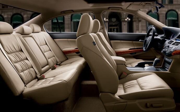 Interior Photo of 2011 Honda Accord Sedan