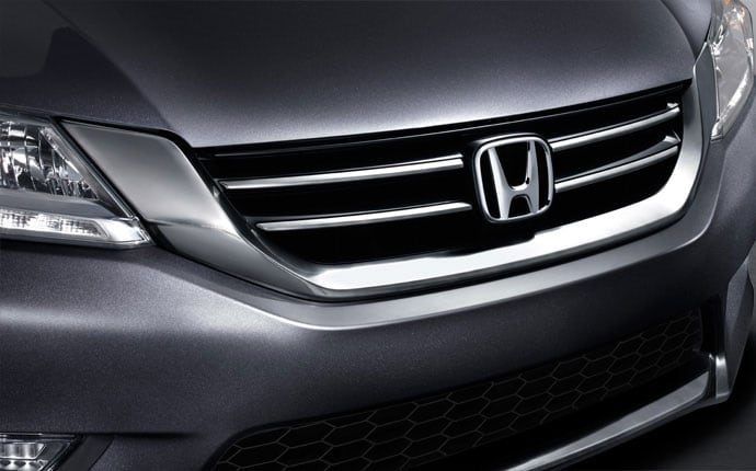 Exterior Photo of 2013 Honda Accord Sedan