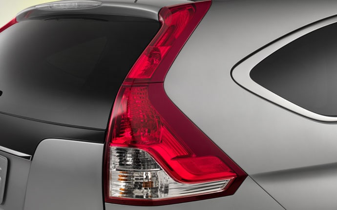 2013-honda-cr-v-brakelight