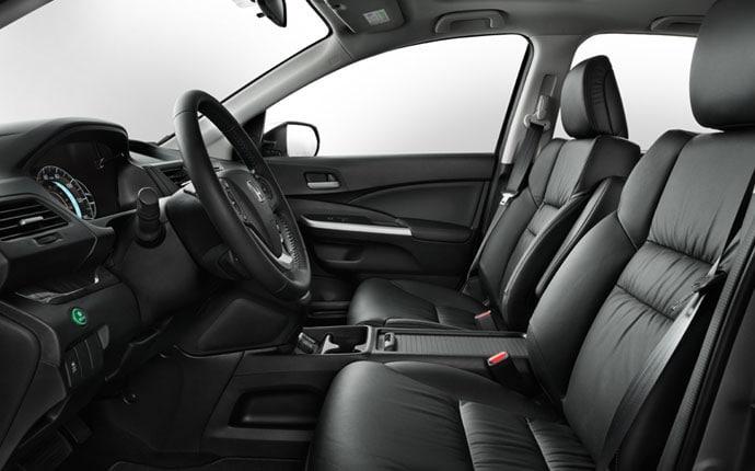 2013 honda cr v vs 2013 jeep patriots chrysler dodge for Honda cr v 2013 interior