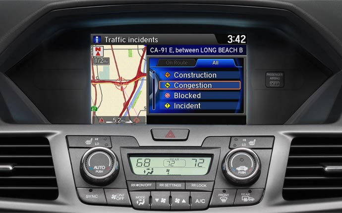 2014-honda-odyssey-interior-satellite-navigation-c
