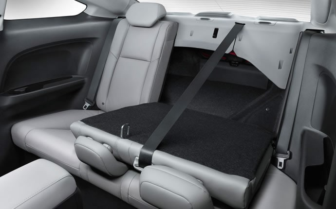 2014-honda-civic-coupe-back-seats-c