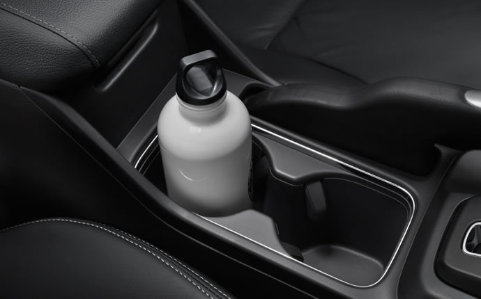 2014-honda-civic-coupe-cup-holders