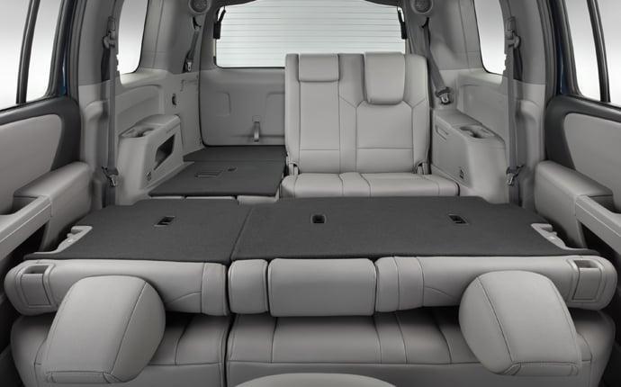 Superb 9/3/2013 5:12 PM 125554 2014 Honda Pilot Interior  Split Seats Configuration C