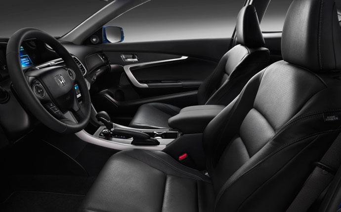 8/19/2014 12:29 AM 48178 2015 Honda Accord Coupe Interior  Satellite Navigation B