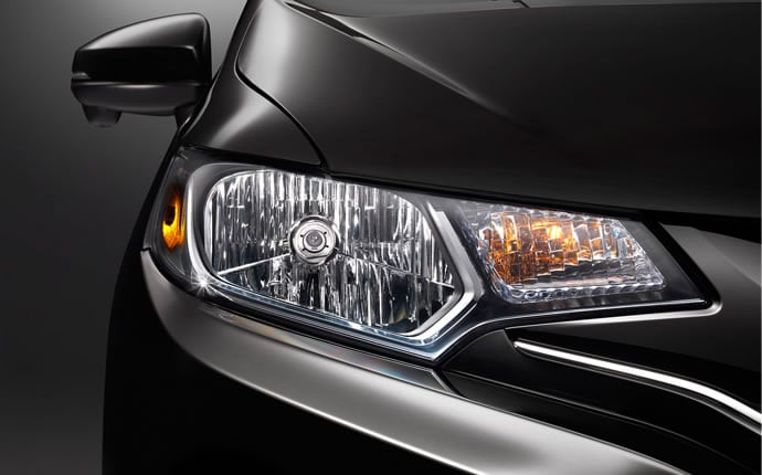 2015-honda-fit-headlight_a