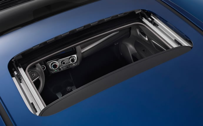 2015-honda-fit-moonroof-d