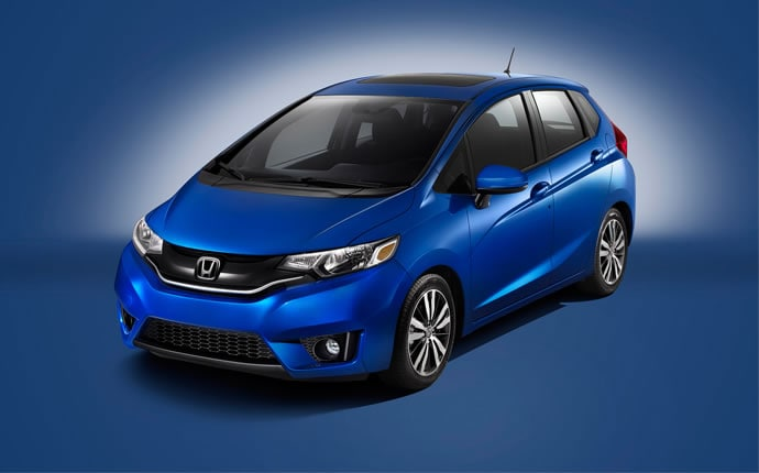 2015-honda-fit-side2