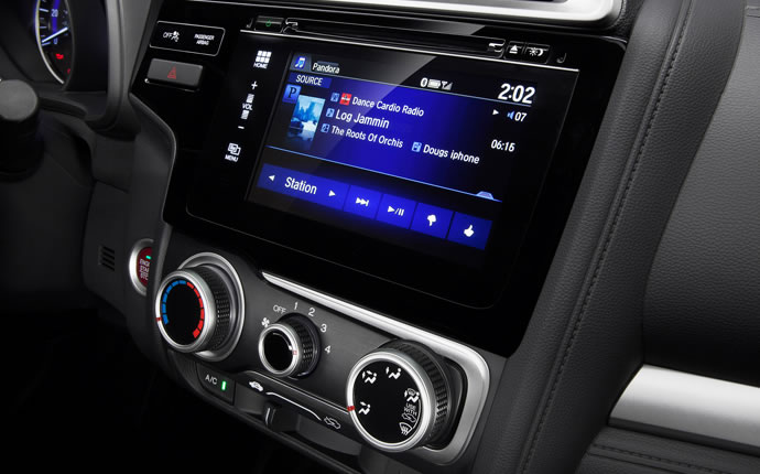 2015-honda-fit-audio-display