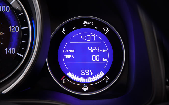 2015-honda-fit-mpg-fuel-display