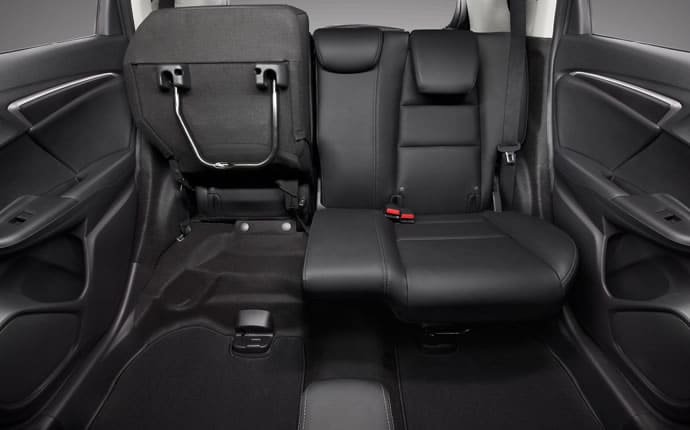 2015-honda-fit-rear-seats-configuration-b