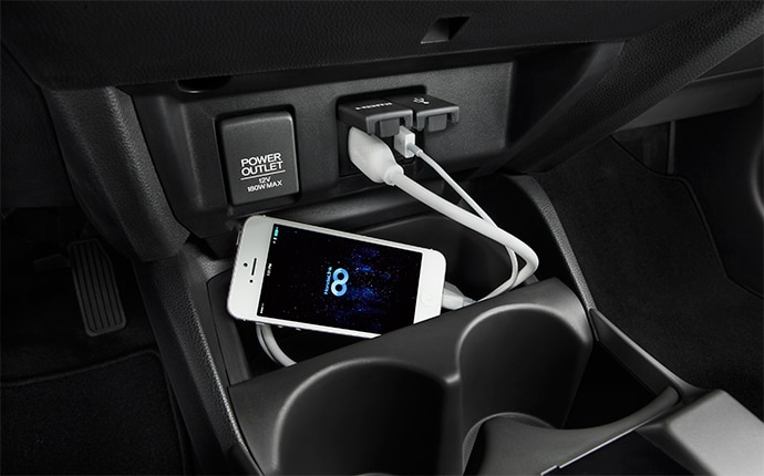 2015-honda-fit-usb-ports-a
