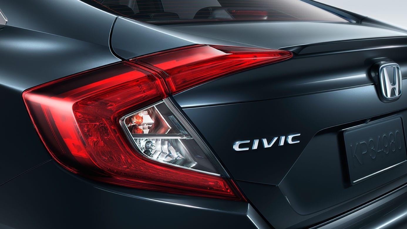 2016 Honda Civic Sedan Badge Detail Jpg