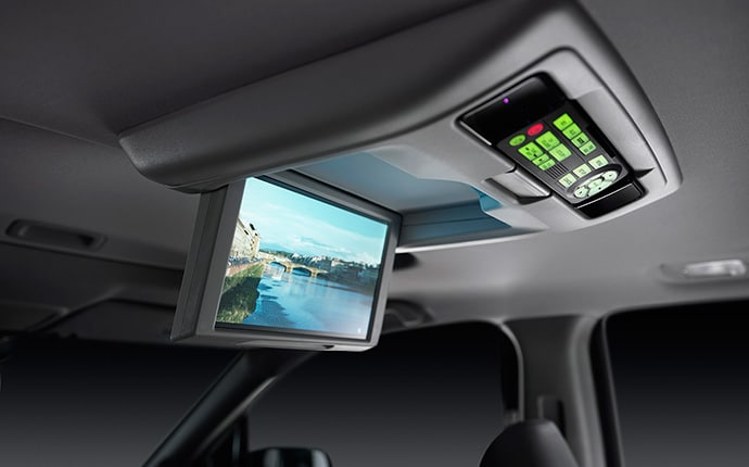 6/16/2015 5:40 PM 87786 2016 Honda Pilot Interior Handsfree Calling  6/16/2015 5:40 PM 2476 2016 Honda Pilot Interior Handsfree Calling_thumb