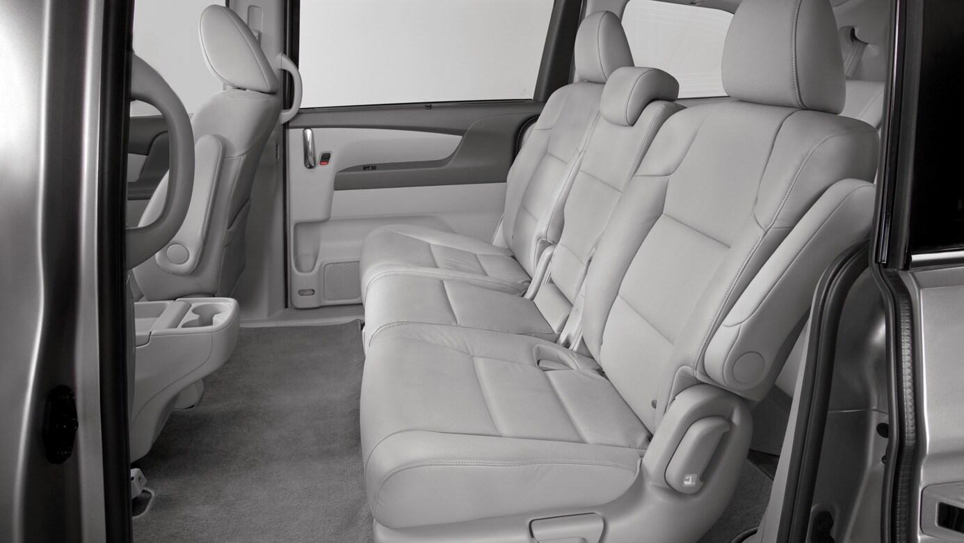 3 13 2017 1 53 Pm 208181 2016 Odyssey Interior Seating Capacity B Jpg 206151 C